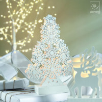 Новогодний декор Елка из снежинок