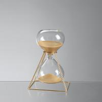 Песочные часы на 30 минут в золотом каркасе, h19