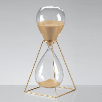 Песочные часы на 30 минут в золотом каркасе, h28