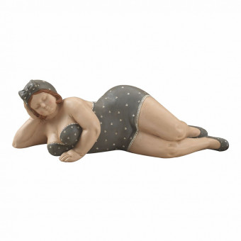 Статуэтка Толстушка на отдыхе, 39 см