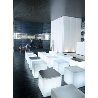 Журнальный столик Kubo